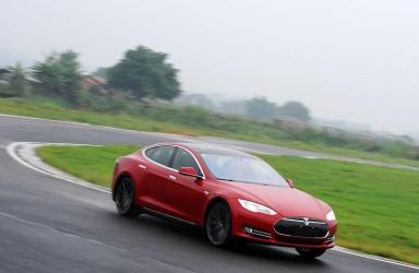 特斯拉或陷破产危机:Model3一再难产 安全事故频发