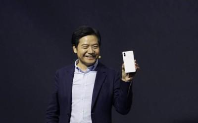 """小米IPO散户认购低迷 对冲基金押注港元回升 """"惨淡收场"""""""