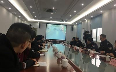 上海徐汇警方约谈快递外卖企业:饿了么美团一月交通违法千余起
