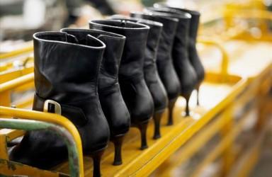 """欧美疫情爆发""""中国鞋都""""大量订单取消 协会已备好材料准备上报商务部"""
